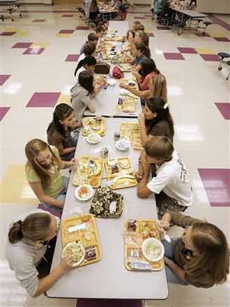 school cafeteria picture