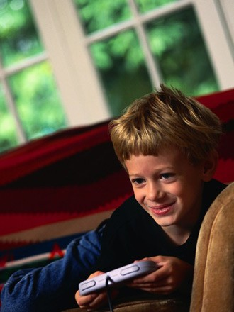 boy playing game picture