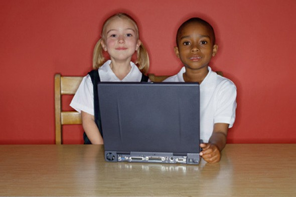 kids with computer picture