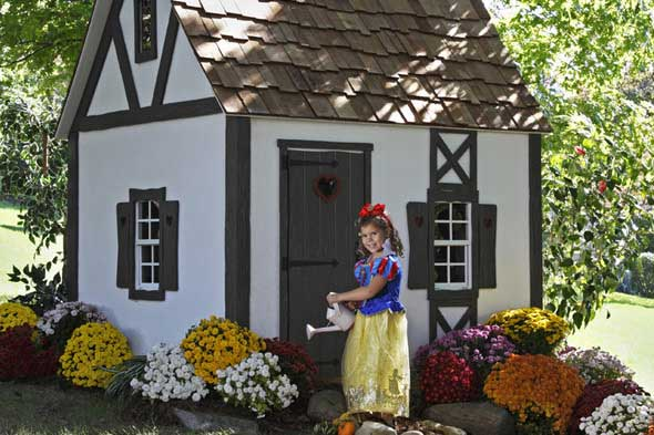 Snow white cottage photo