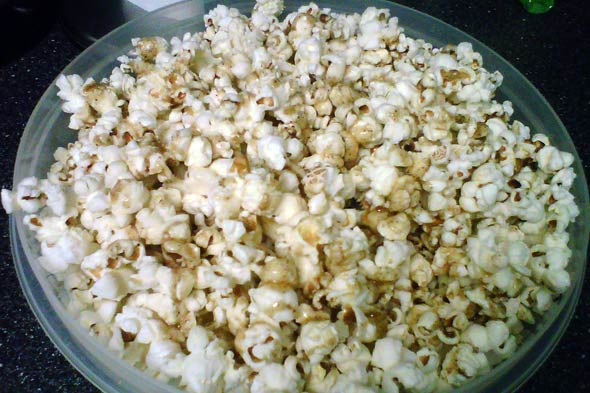 sweet spicy popcorn picture