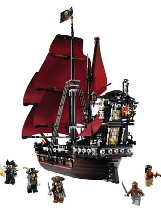 The Queen Anne's Revenge LEGO Playset