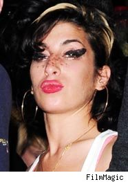 Amy Winehous groin assault