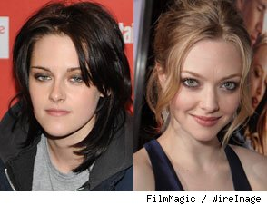 Kristen Stewart and Amanda Seyfried