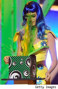 Katy Perry slimed at Kids' Choice Awards