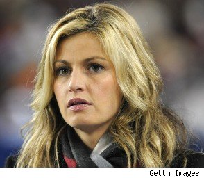 Erin Andrews Blasts Relationship Rumors in SI Interview