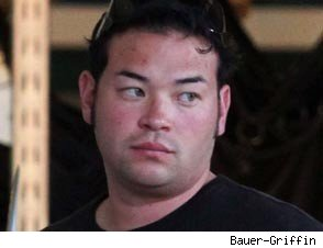 Jon Gosselin Sues for Custody