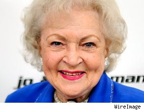 Betty White Talks 'SNL'