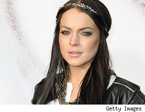Lindsay Lohan 'Threw a Fit' -- and a Drink -- in NYC