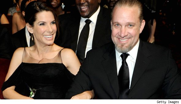 Oscar Winner Sandra Bullock Reportedly to Reconcile with Estranged Husband Jesse James [Video]
