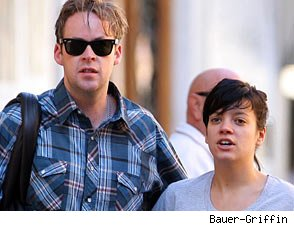Lily Allen Pregnant With First Child