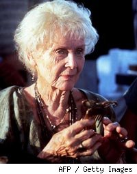 Gloria Stuart Dead
