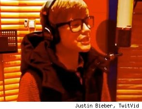 Justin Bieber rapping
