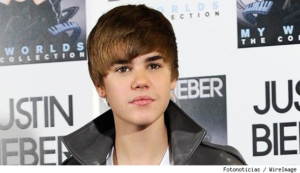 Justin Bieber New Haircut Yikes! Next thing you know he'll be sprouting