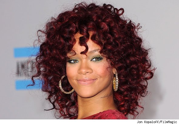 Rihanna at the AMAs