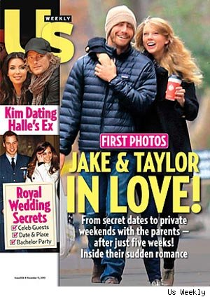 Jake Gyllenhaal and Taylor Swift's Turkey Day PDA