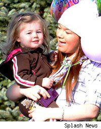 Child Protective Services Gives Daughter Back to Amber Portwood