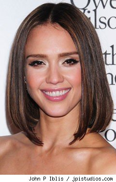 jessica alba has new haircut by renato campora in december 2010