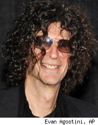 Howard Stern Accuses Jay Leno of Stealing Jokes