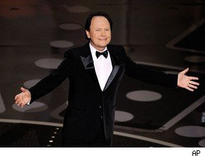 Billy Crystal Returns to Oscars 2011