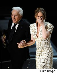 Kirk Douglas and Melissa Leo Best Supporting Actress Oscars 2011