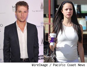 Ryan Phillippe's Ex-Girfriend Pregnant With His Child?