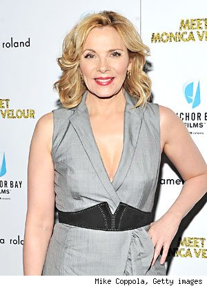 Kim Cattrall Tells Reporter to Get