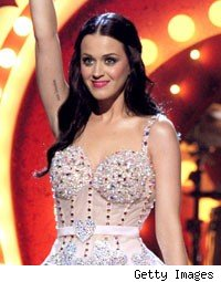 Katy Perry's Mom Shops Around Book About Life With Famous Daughter