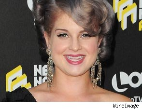 kelly osbourne baby