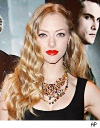 Amanda Seyfried Buys Dead Horse, Names Him Antoine