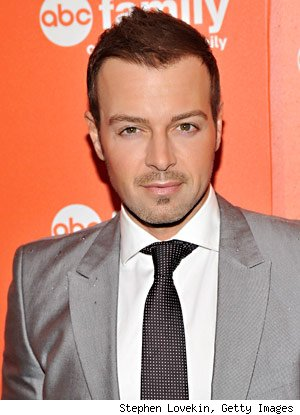 joey lawrence hair. and now Joey Lawrence is