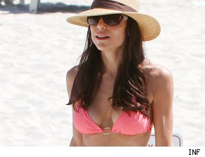 Bethenny Frankel Reveals Boob Job Ordeal