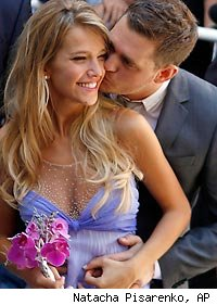 Michael Buble and Luisana Loreley Lopilato de la Torre