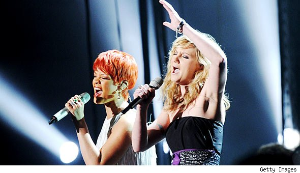 Jennifer Nettles and Rihanna