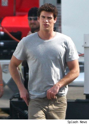 Liam Hemsworth brunette hair