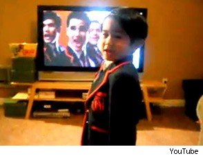 mini Warbler, Glee