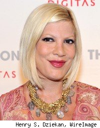 Tori Spelling paparazzi car crash