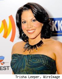 Sara Ramirez engaged