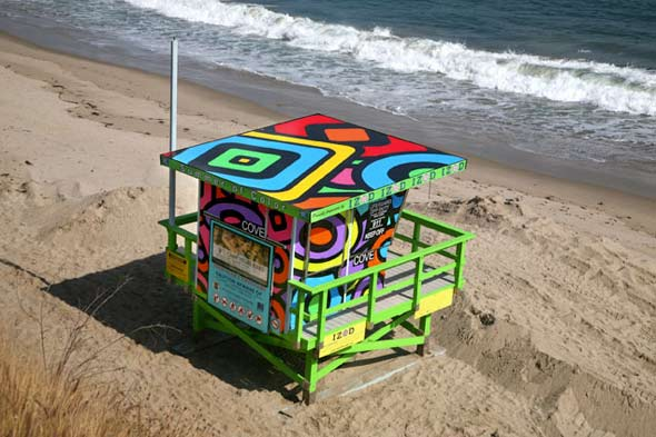 Graphic lifeguard tower roof