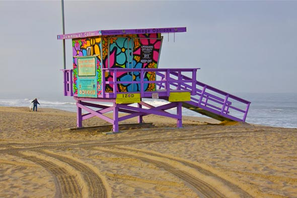 Lifeguard tower with flowers