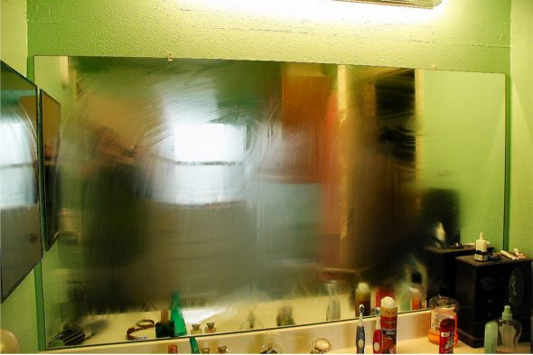 cleaning tips shaving cream on mirror