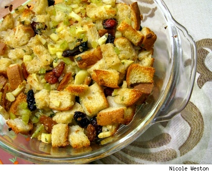 Simple STUFFING for Thanksgiving - Slashfood