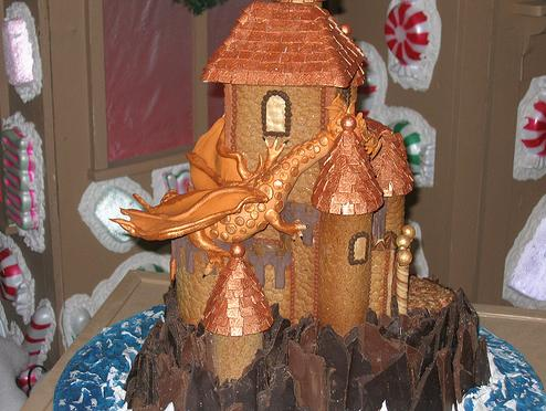 gingergerbread house with dragon