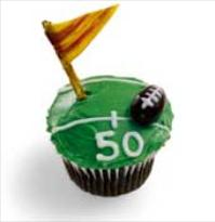 family fun football field cupcakes