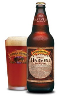 A bottle and a pint of Sierra Nevada Harvest Ale