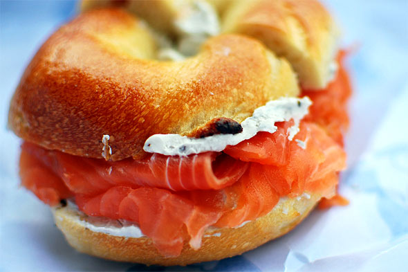 salmon bagel 