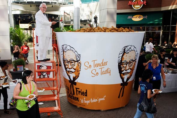 KFC world record bucket of chicken