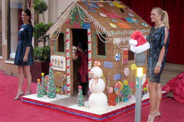 Life Size Edible Gingerbread House