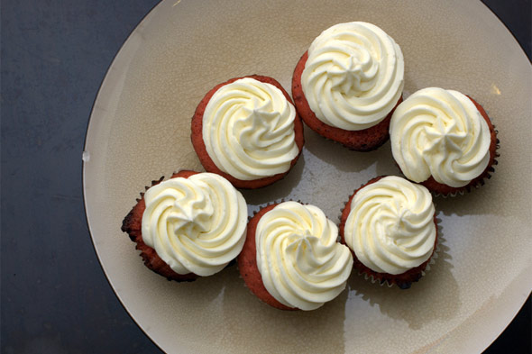 Cream cheese frosting on red velvet cupcake recipe