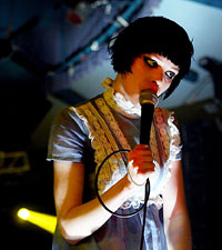 Crystal Castles, Alice Glass